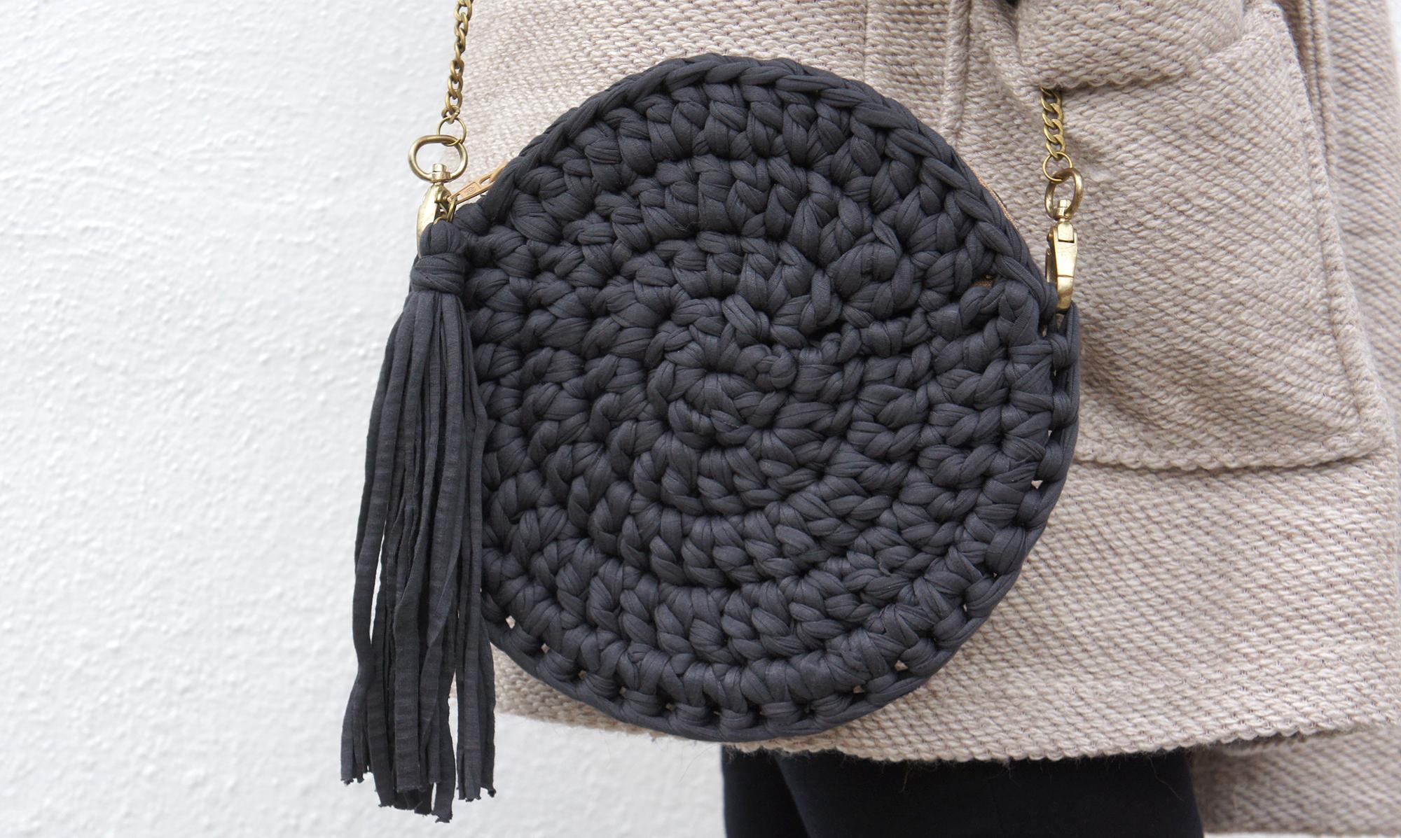 Bolso de trapillo redondo missdiy for Bolso crochet trapillo