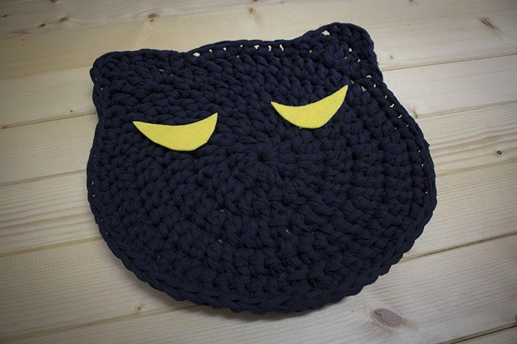 Salvamantel gato negro