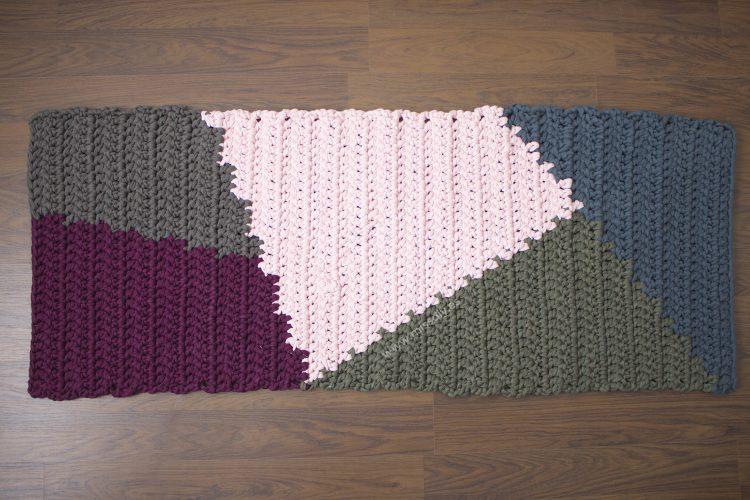 Alfombra rectangular de trapillo con tapestry MissDIY